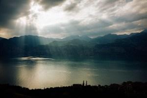 Wolken und Licht über dem Gardasee