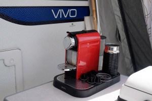 Die Espressomaschine läuft
