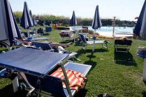 Chillen am Pool von La Quercia