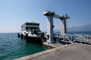 Im Hafen von Torri del Benaco