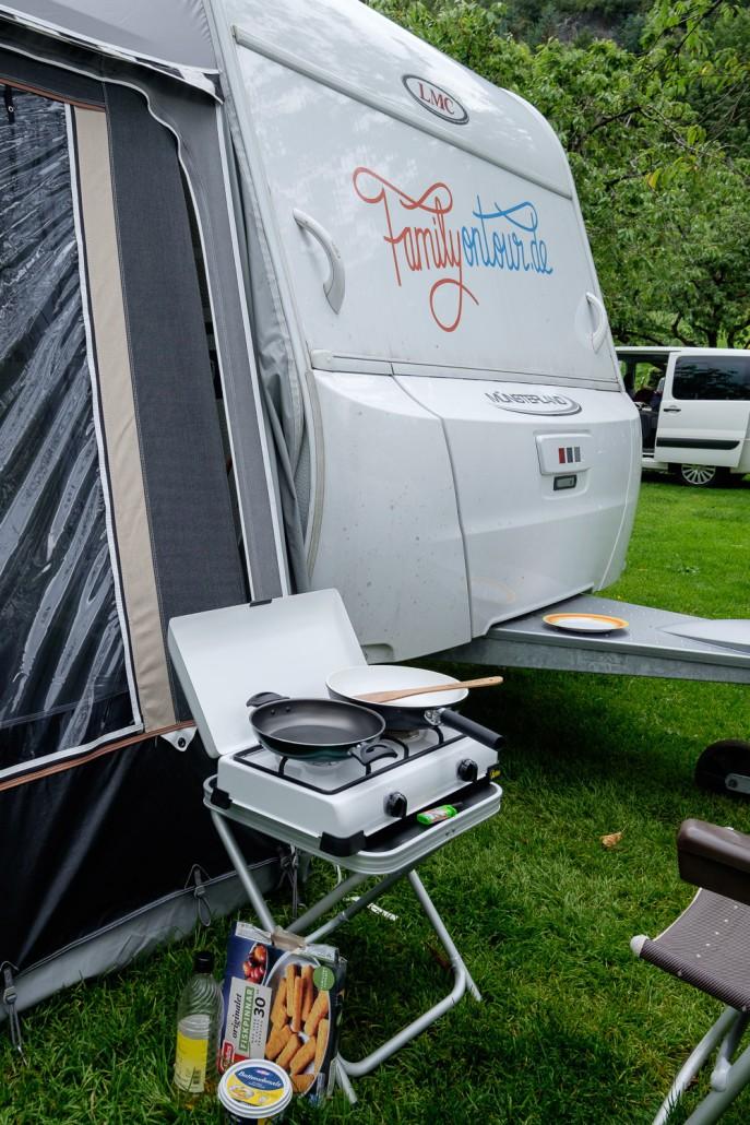 wohnwagen zubeh r unser top 10 camping zubeh r family on tour familienurlaub mit wohnwagen. Black Bedroom Furniture Sets. Home Design Ideas