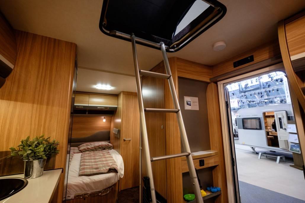 stockbett im wohnwagen einbauen wohnwagen stockbett. Black Bedroom Furniture Sets. Home Design Ideas