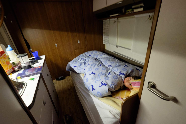 Sitzgruppe umgebaut als fünftes Bett