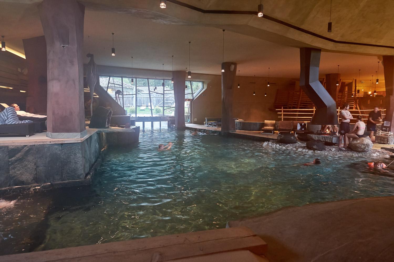 Tolles Schwimmbad am Caravan Park Sexten